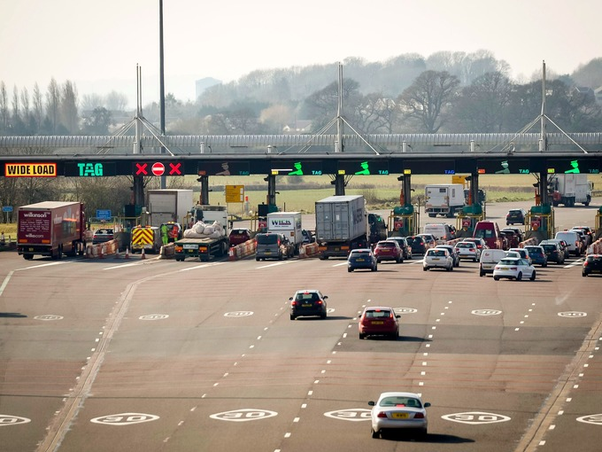 Major parties pledge to end bridge tolls