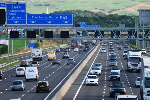 Highways England to test in-vehicle signage